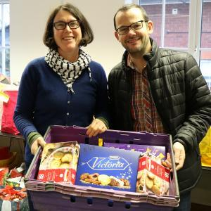 Karen Williams, Project Leader, Shrewsbury Food Bank with Mark Simpson from Severnside Housing delivering food donations from Severnside staff.